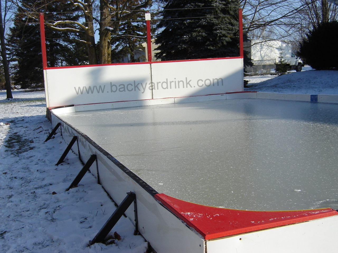 Ultimate Backyard Rink : Ice Rink Stake 5 in 1 JBrace